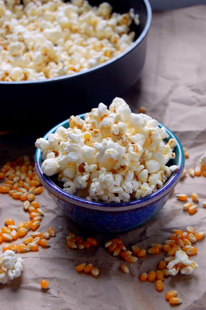 Perfect-Stovetop-Popcorn-instructions-and-a-recipe-for-Maple-Sea-Salt-Stovetop-Popcorn-uprootfromoregon.com_-681x1024