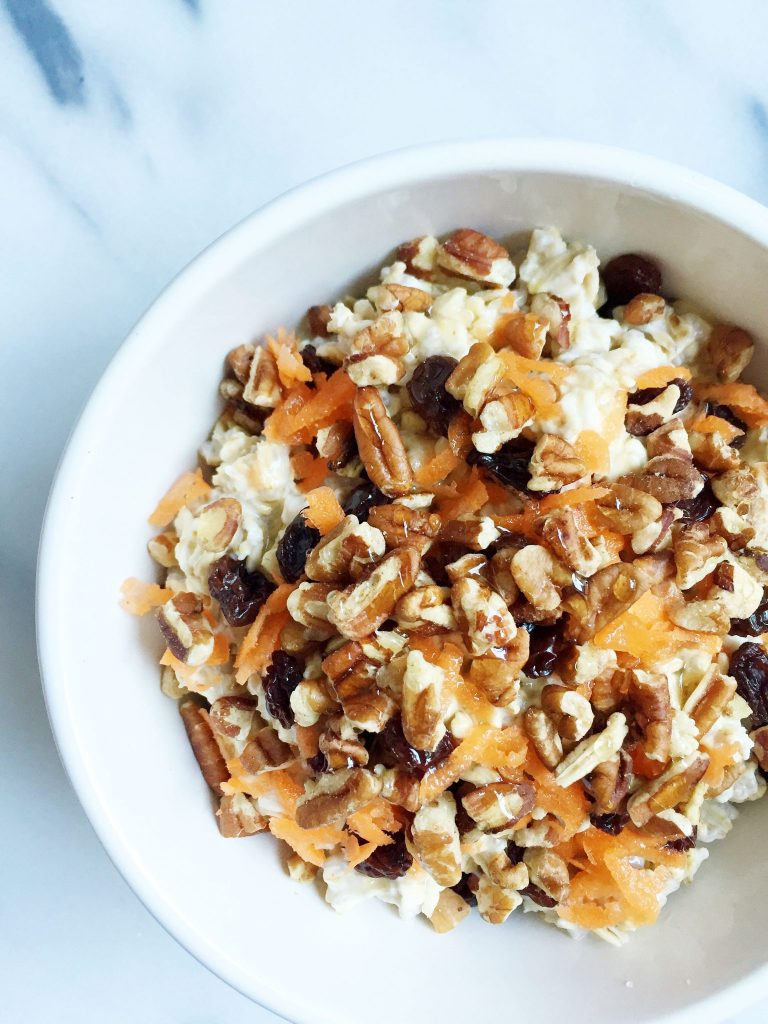 Vegan & Gluten-free Carrot Cake Overnight Oats made with less than 10 ingredients