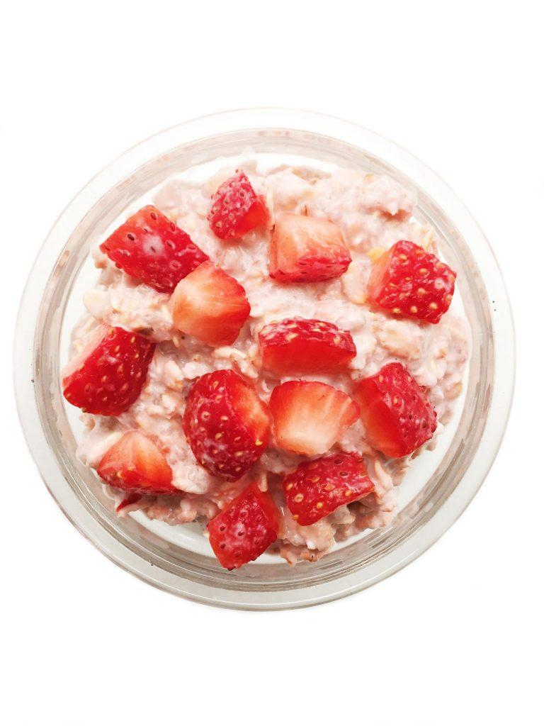 strawberryinfusedovernightoats4