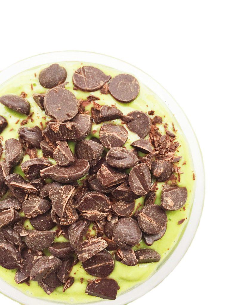 Vegan Mint Chocolate Chip Smoothie Bowl