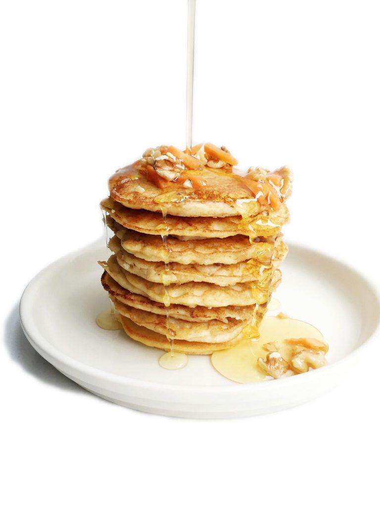Paleo Carrot Cake Pancakes (gluten & dairy-free)
