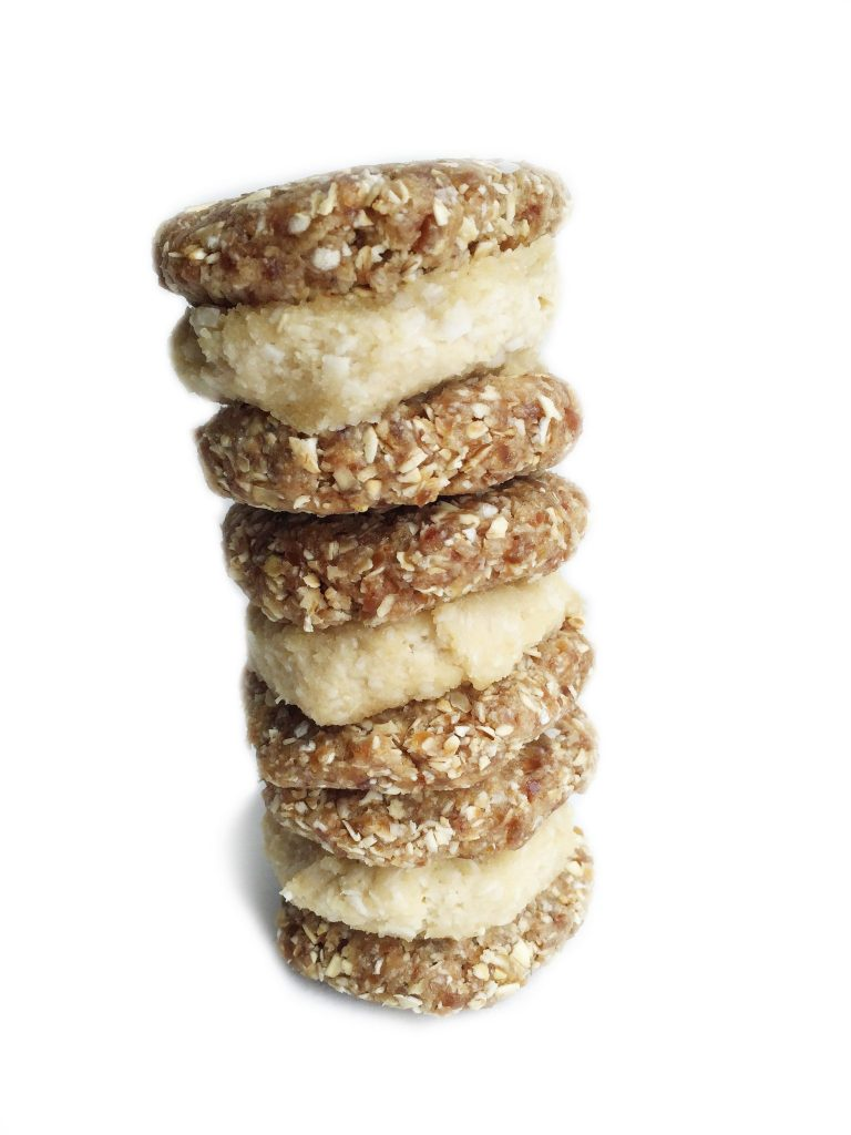 Raw Cashew Cream Oatmeal Cookie Sandwiches by rachLmansfield