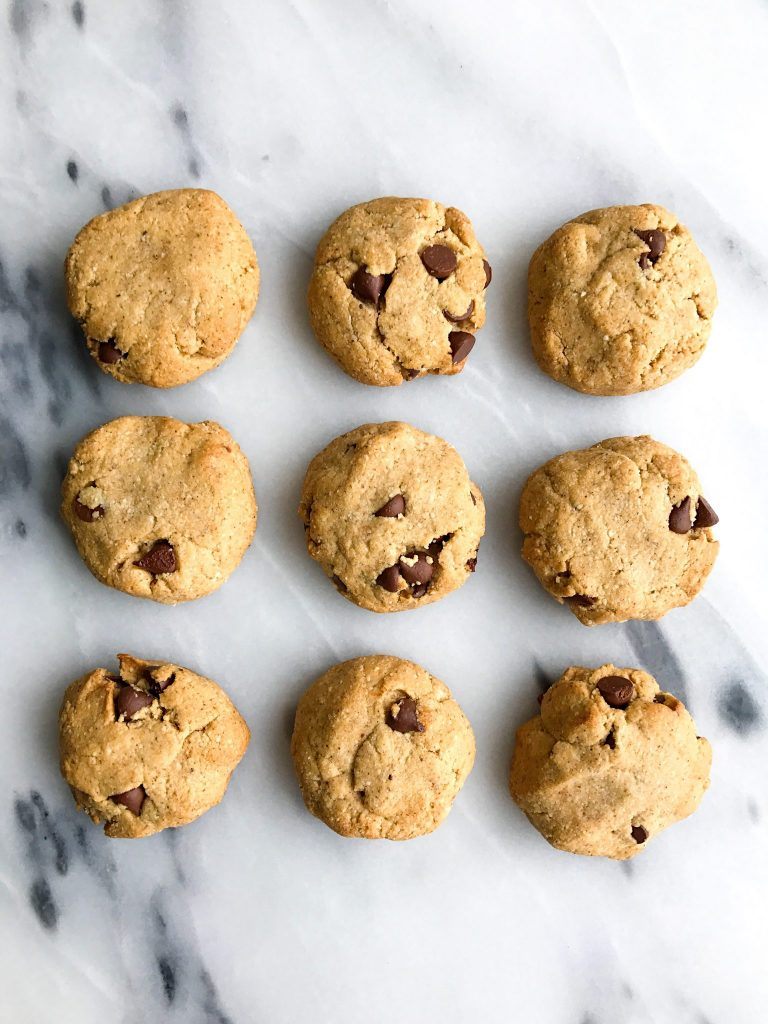 Super Doughy Vegan Chocolate Chip Cookies (grain-free)