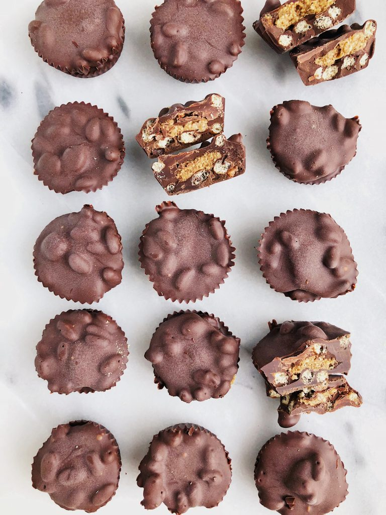 Crispy Dark Chocolate Almond Butter Cups made with vegan, gluten-free and healthy ingredients for a satisfying dessert!