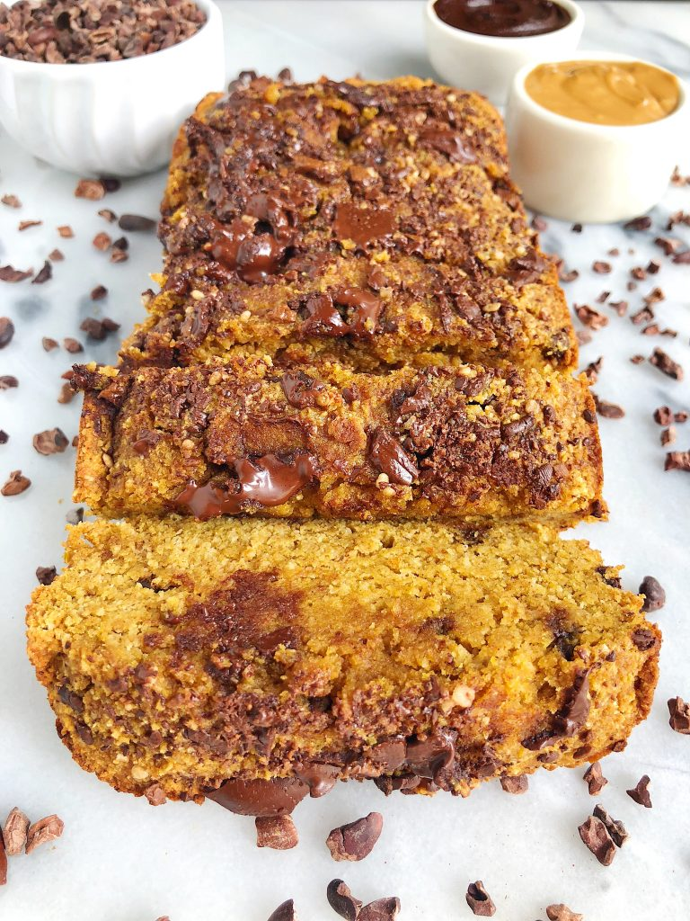 Paleo Pumpkin Chocolate Chip Breadwith Collagen Peptides for an easy and healthy pumpkin bread recipe, perfect for an epic breakfast idea or snacking any time of the day!
