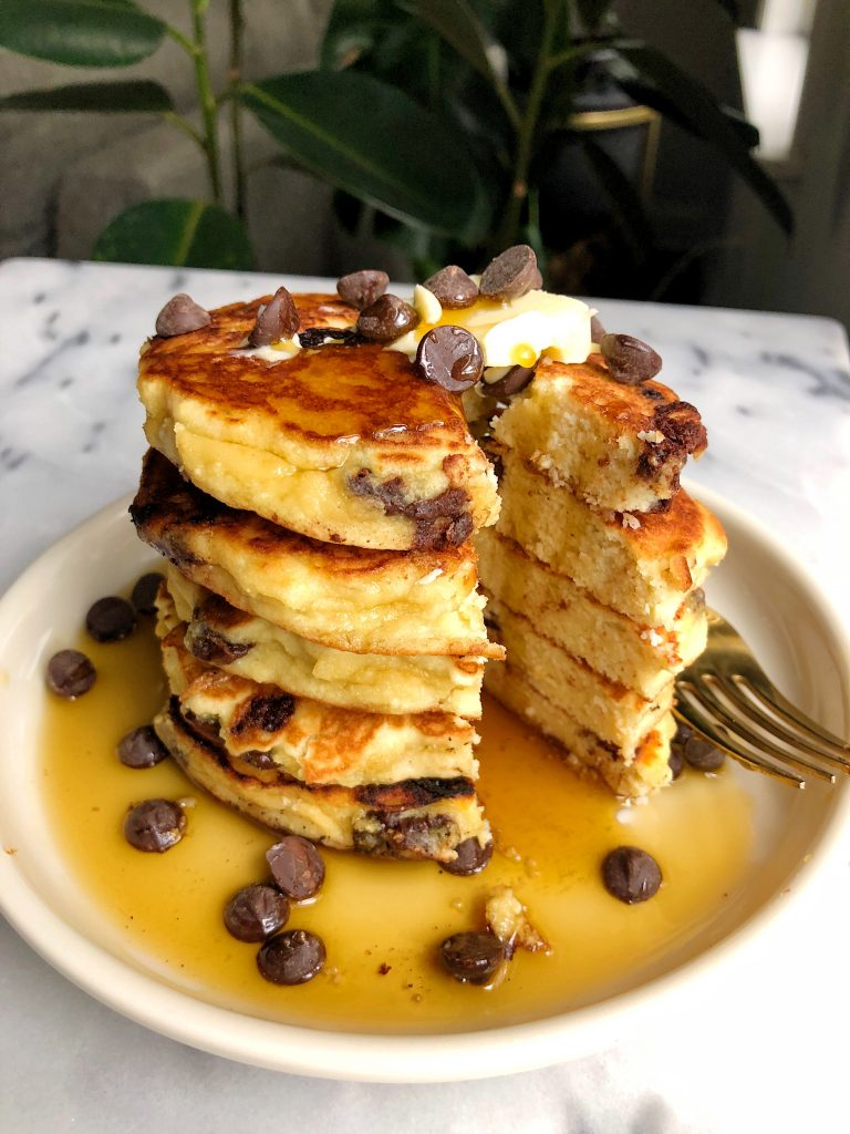 6-ingredient Fluffy Paleo Pancakes made with almond flour and coconut flour for a simple and easy healthy pancake recipe!