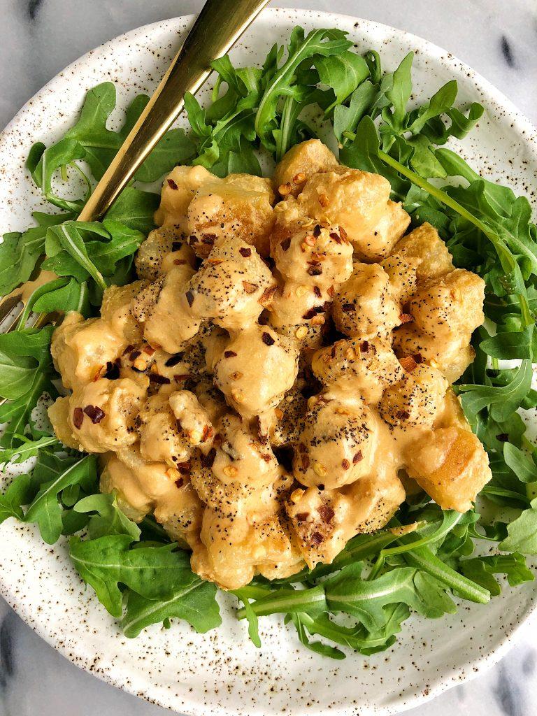 Crispy Cauliflower Gnocchi Mac and Cheese using Trader Joe's Cauliflower Gnocchi and a dreamy vegan cheese sauce!