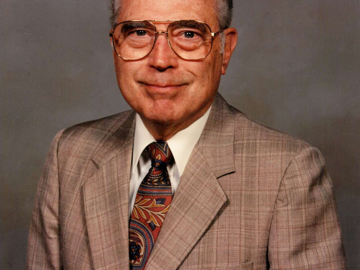 Obituary: Rev. Robert Trobaugh Was Dedicated To His Work