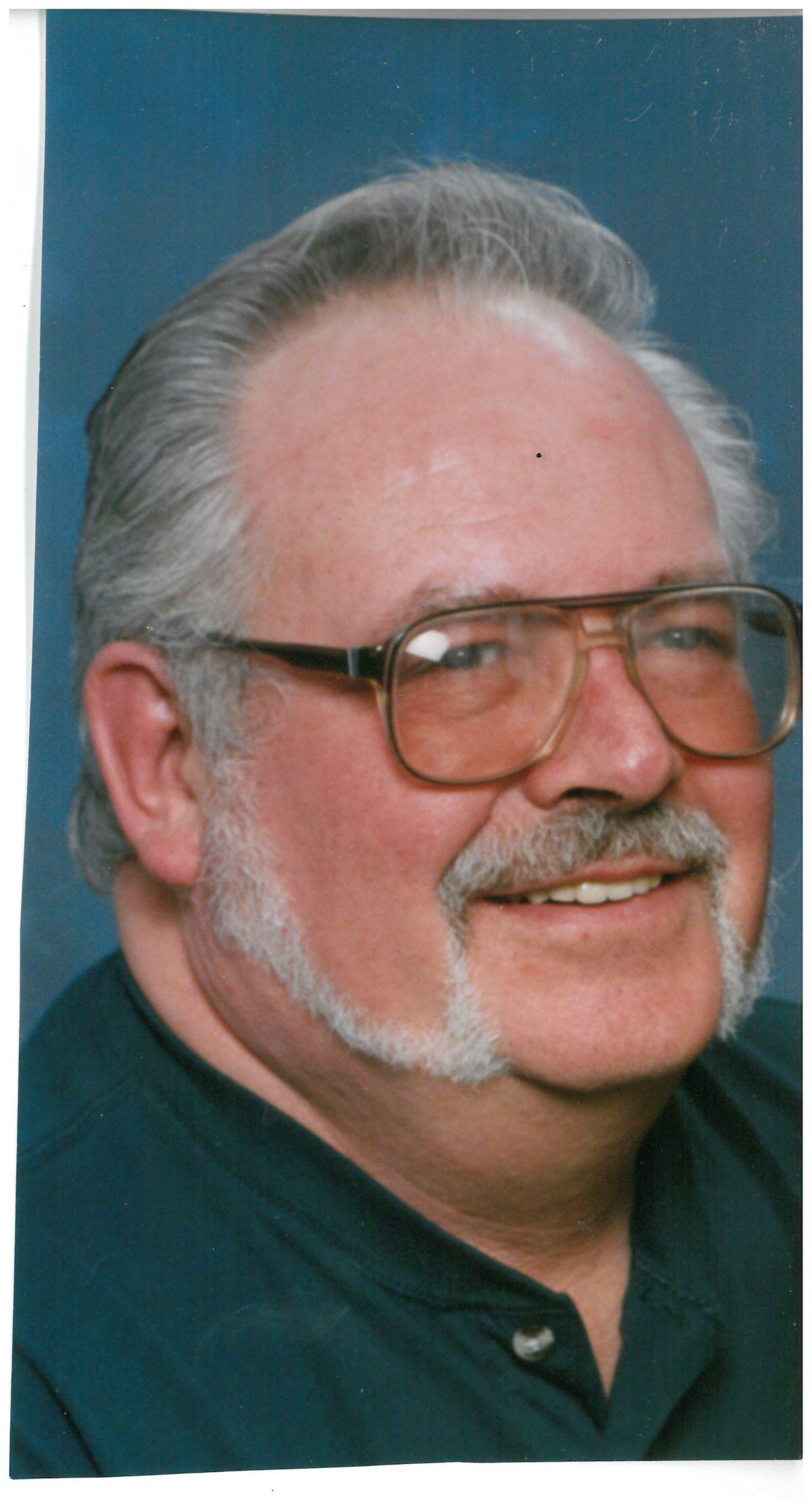 Obituary: Harold Dagnon Was A Diehard Packer Fan