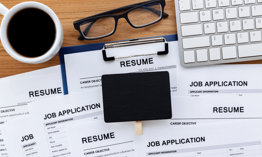 main disadvantages of job hopping