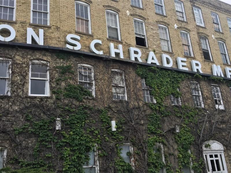 von Schrader exterior 2019