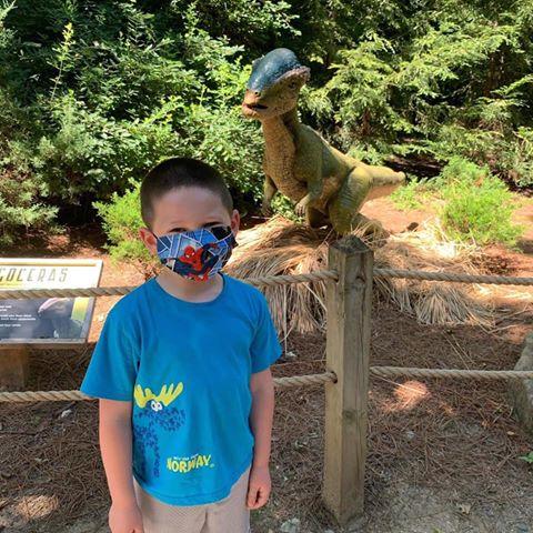 Kid wearing mask