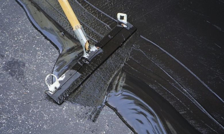 How To Resurface Your Asphalt Driveway