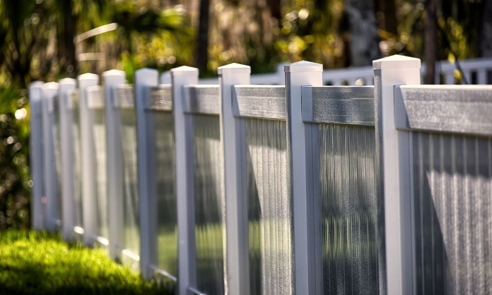 Top Reasons to Fence in Your Yard