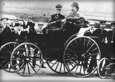 Bertha and Karl Benz, Viktoria, model 1894.