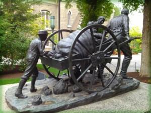 Handcart Statue.