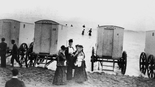 Victorian Era Sea Bathing Machines. Image: Wikipedia.