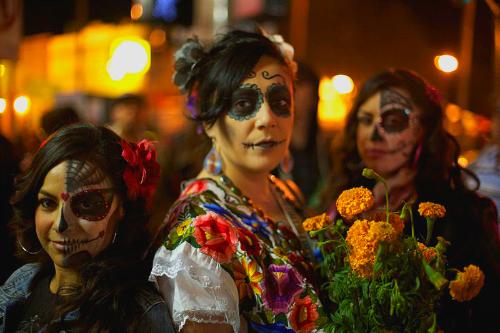 Dia De Los Muertos, Mission District San Francisco. Image: Jaredzimmerman (WMF).