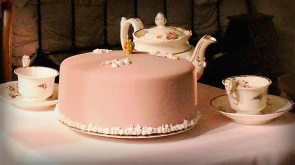 Twelfth Night King Cake: Dickens Museum.