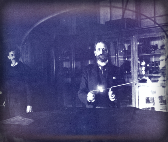 Victorian Selfies: Robert Underwood Johnson, Nikola Tesla Lab, 1894. Image: TeslaSociety.com.
