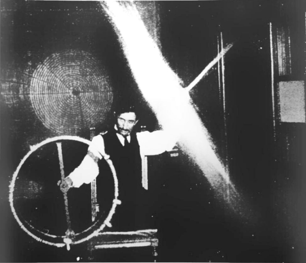 Victorian Selfies. Nikola Tesla, Houston Street Lab, 1899. Image:TeslaResearch.Jimdo.com.