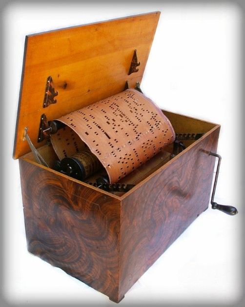 Victorian New Year: Organette. Image: organetterepair.com.