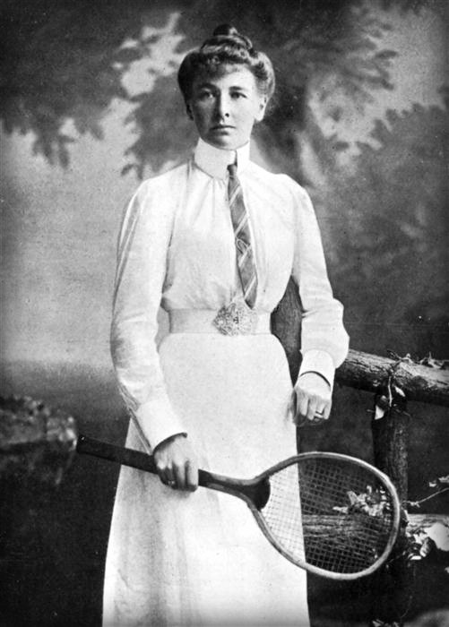 Early Female Olympians,1900: Charlotte Cooper. Image: Wikipedia.