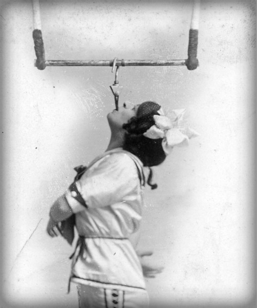 Flying Zedoras Human Arrow, Pansy c. 1890s.. Image: Victoria and Albert Museum.