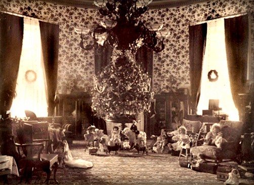 President Grover Cleveland's Tree In White House, 1894. Image: White House History.org.