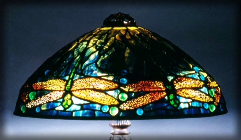 Dragonfly Lamp, 1900-1920. Image: Brooklyn Museum/Wikipedia.