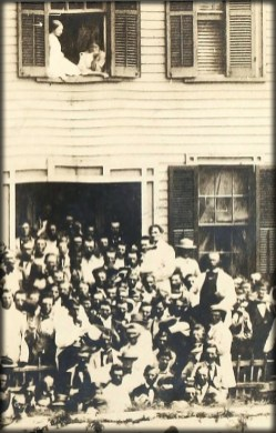 Lincoln's Springfield Home With Crowd of Supporters, 1858. Image: Library of Congress.