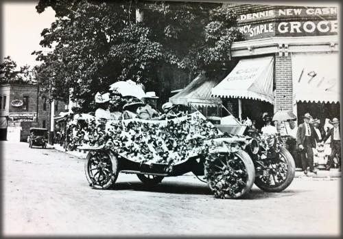 Victorian July Fourth Parades-Ashland, Oregon, 1912. Image: Ashland. Library.