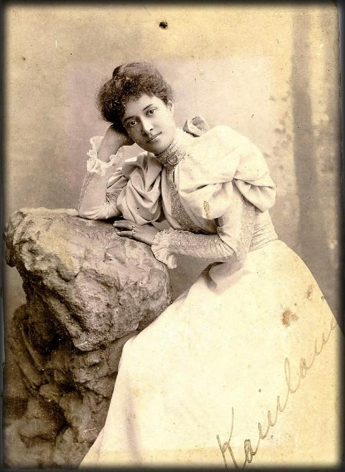 Surfing Princess Kaiulani, New Jersey, 1896-1897. Image: Wikipedia.