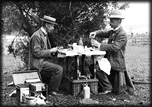 Arthur Wigram Allen and Boyce at Lunch, circa 1900s. Image: Mitchell Library, State Library of New South Wales.