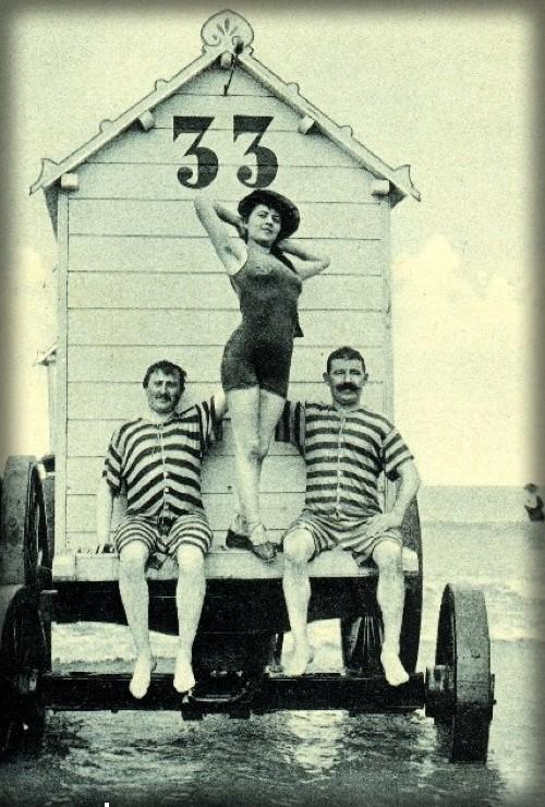 Belgian Coast Bathing Machine, c. early 1900s. Image: Wikipedia.