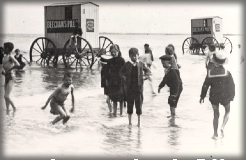 Bathing Machines and Swimmers, late 1800s-early 1900s. Image: Museum of Hartlepool.