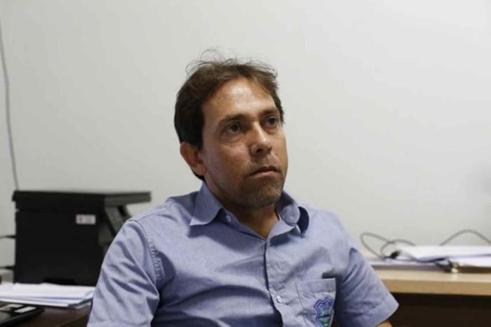 Secretário de Meio Ambiente de Lagoa Real,Willike Fernandes Moreira, diz que outros poços devem estar contaminados com urânio Foto: Dida Sampaio /Estadão