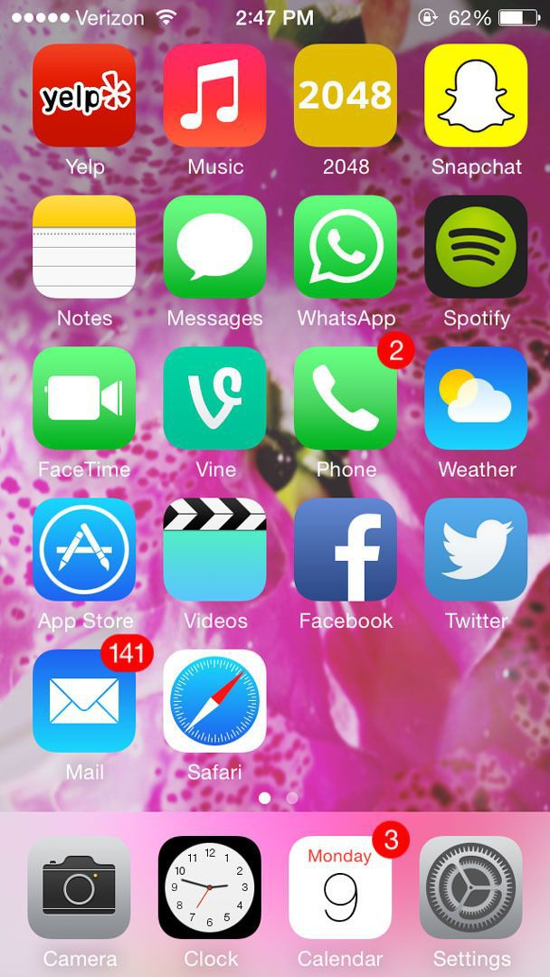 iPhone apps arranged by color