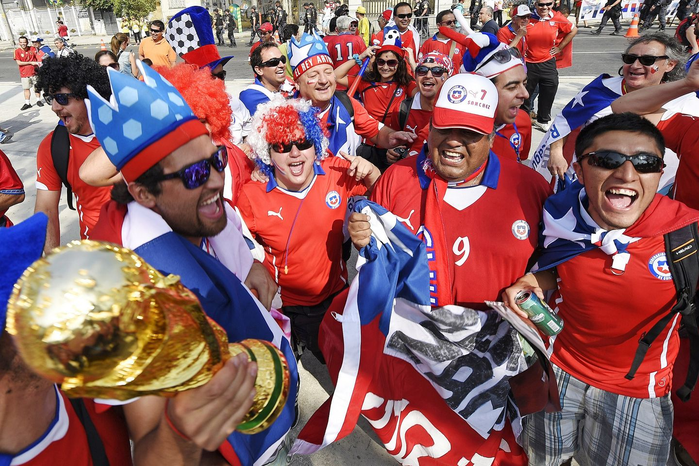 Chile-fans-world-cup