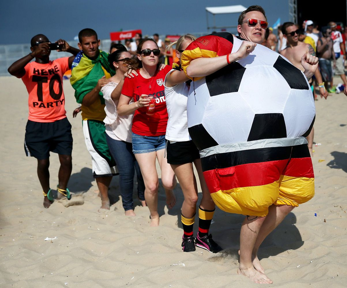 Germany-fan-conga-line-world-cup