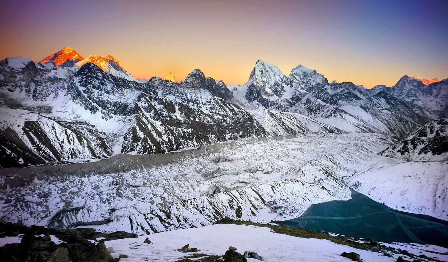 Nepal%20view%20of%20mt%20everest%20from%20gokyo%20ri%20by%20joseph%20buchman