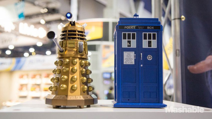 Doctor_who_accessories-10