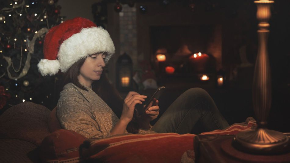 The complete guide to wishing holiday cheer on social media