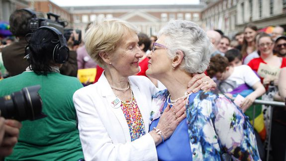 Ireland-gay-marriage_ches-2_c