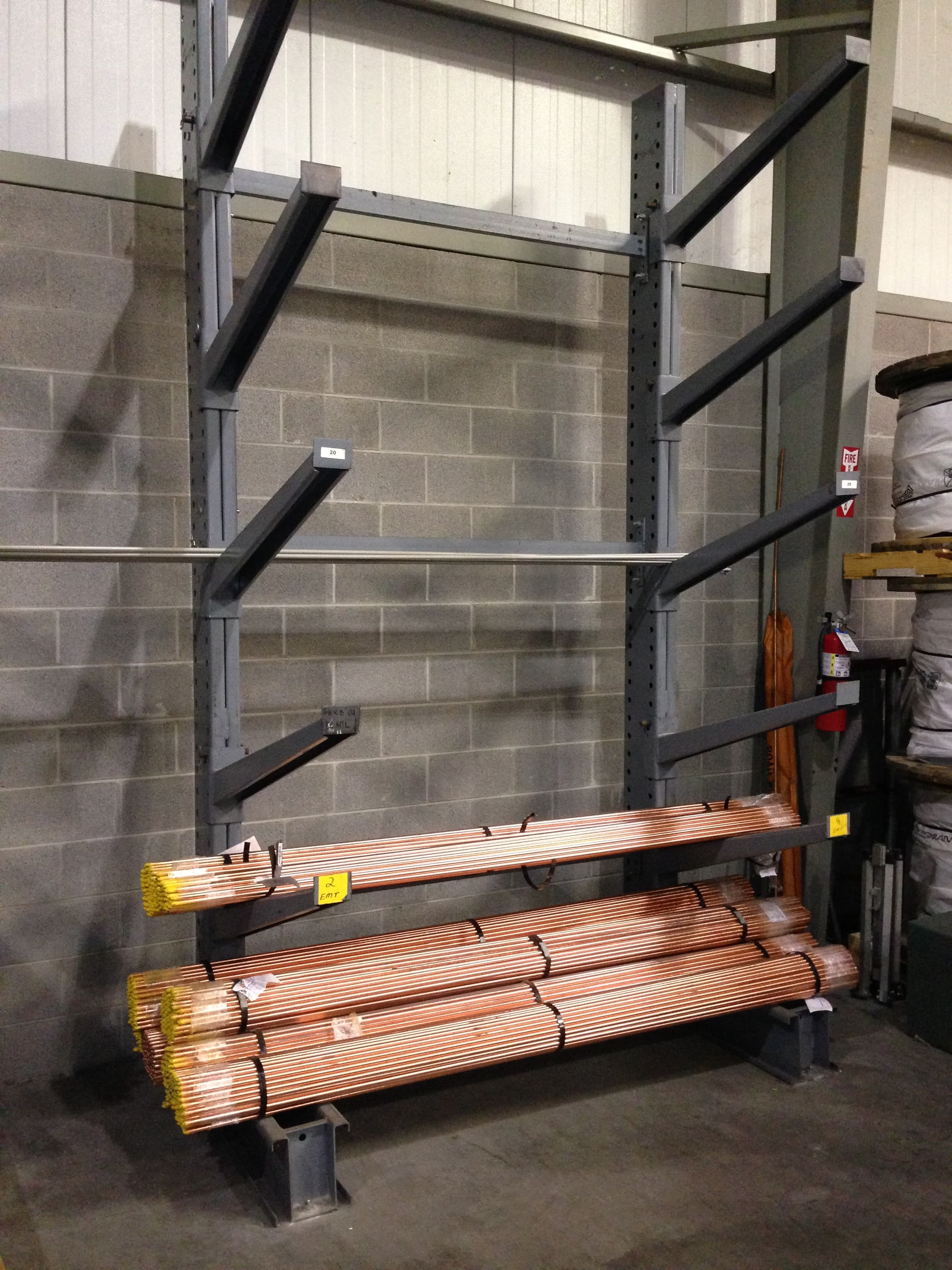cantilever storage racks with incline