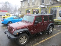 Jeep Wrangler Unlimited w/ Freedom Top  Track Mounted ...