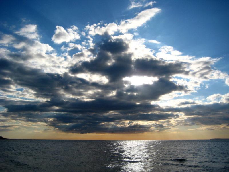 Masque nuage coucher de soleil mer