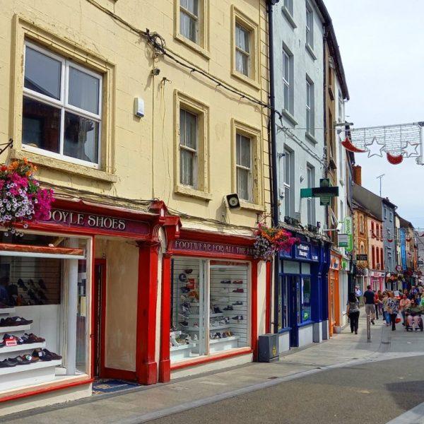 Rue commerçante Wexford Irlande
