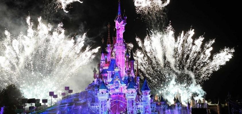 Soirée du Nouvel an Disneyland Paris feu d'artifice