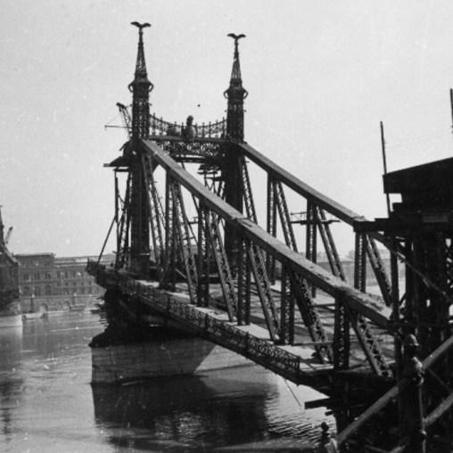 Ponte da liberdade Budapeste 1945